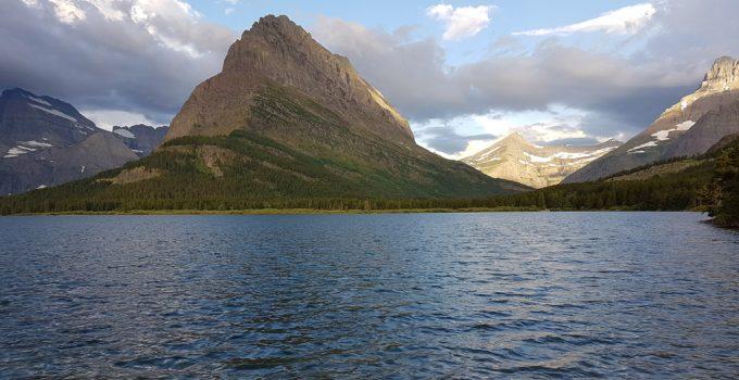 swiftcurrent lake glacier park